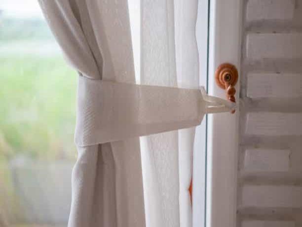 Curtain Fixing Dubai